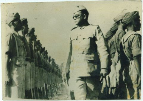 Subhas Chandra Bose inspected his army platoons.